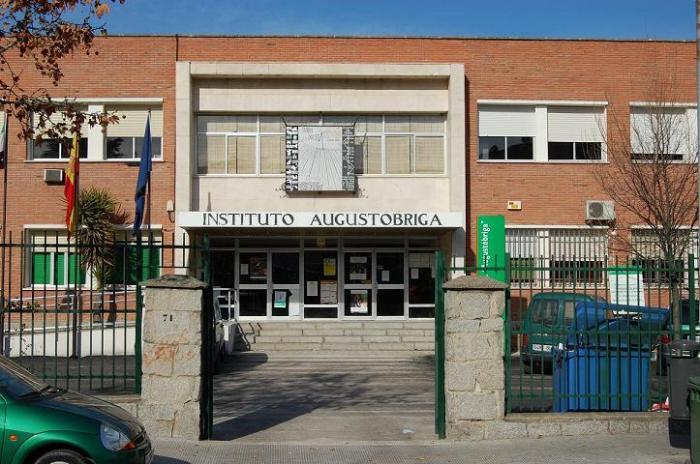 Aún faltan profesores en los institutos de Navalmoral de la Mata