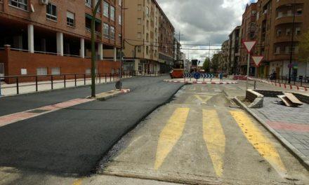 El consistorio de Coria sigue con el asfaltado y pavimentación de calles y avenidas de la ciudad