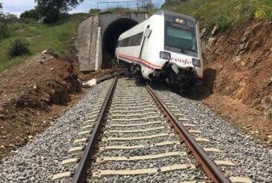 La Junta exige a Adif un análisis de riesgos urgente en toda la red ferroviaria regional