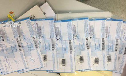 Detienen a tres personas por falsificar recetas médicas y utilizarlas en farmacias de La Vera