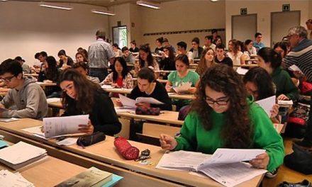 Los estudiantes piden que la UEX depure responsabilidades por la filtración de exámenes de la EBAU