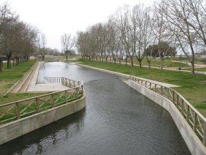 Moraleja da comienzo a la temporada de baño de la piscina natural situada en el Parque Fluvial