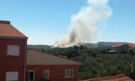 Medios del Plan Infoex trabajan en la extinción de un incendio registrado en Valverde del Fresno