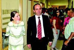 La consejera de Sanidad inaugura el centro de día de Arroyo de la Luz que se abrirá dentro de dos meses