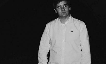 """El joven cauriense Andrés Astasio publica su primera novela """"La maldición de las Islas Makk"""""""