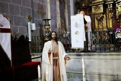 La Hermandad de Nuestro Padre Jesús Resucitado de Coria suma a su imaginario una talla de Jesús de la Paz