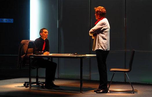 """Torrejoncillo continuará este viernes con el Certamen de Teatro Amateur de la mano de """"Paraskenia Teatro"""""""