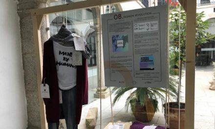 El Ayuntamiento de Coria acoge hasta la próxima semana una exposición de moda sostenible