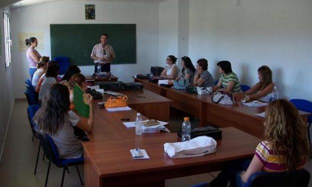 El Ayuntamiento de Majadas de Tiétar forma a 14 mujeres como auxiliares de enfermería en geriatría