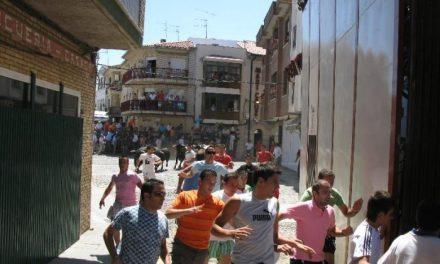 Los novillos de Antonio Román protagonizan el encierro más rápido de San Buenaventura