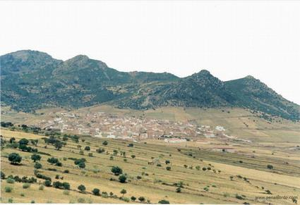 Fallece un joven matrimonio del municipio pacense de Peñalsordo al caerle un rayo mientras trabajaban