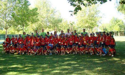 La escuela multideportiva de Malpartida de Cáceres cuenta con la participación de casi un centenar de niños