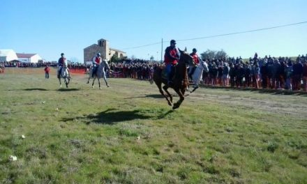 Toril espera reunir el 1 de febrero a una veintena de jinetes en las XXXVI Carreras de Caballos