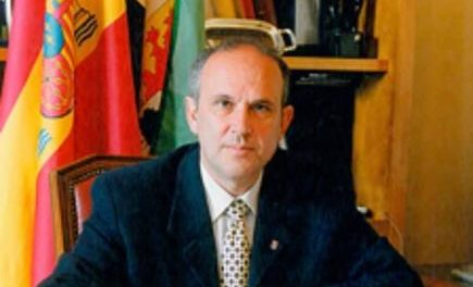 El consistorio de Coria decreta tres días de luto oficial por la muerte del exalcalde Juan Antonio Mora