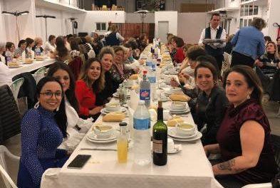 Un centenar de mujeres participa en la cena de convivencia organizada por el consistorio de Moraleja