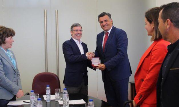 Ballestero apela a la colaboración transfronteriza durante su visita a Castelo Branco