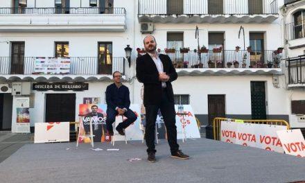 Ciudadanos abriga a Millán Luis González en la presentación de su candidatura en Moraleja
