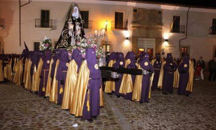 La Cofradía de la Santa y Vera Cruz cerrará el Viernes Santo de Coria con la procesión del Silencio