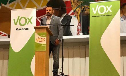 VOX respalda a David Vaquero en la presentación de su candidatura a la alcaldía de Moraleja