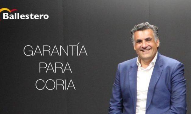 El alcalde de Coria resalta la mejora  del ayuntamiento de la ciudad durante los ocho años a cargo del PP