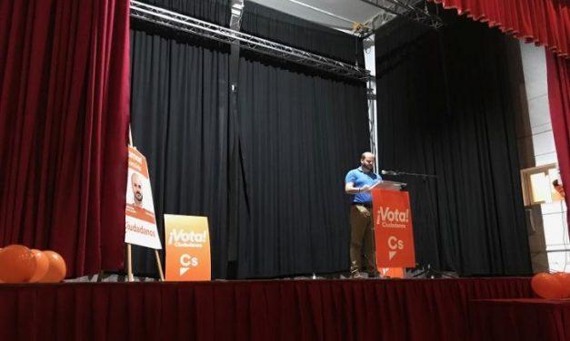 """El candidato a la alcaldía de Moraleja por Ciudadanos destaca que """"hay que superar el bipartidismo"""""""