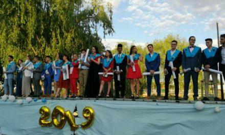 Los alumnos de Bachillerato del IES Jálama ponen fin a su etapa estudiantil con el acto de graduación