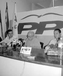 El Partido Popular de Almendralejo achaca la caída de una cornisa a la improvisación