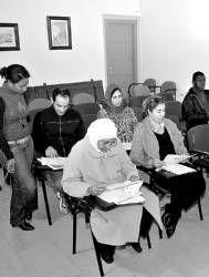 La concejalía de Servicios Sociales de Plasencia facilita la integración de los ciudadanos inmigrantes