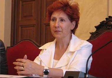 La alcaldesa de Cáceres, Carmen Heras, ingresada desde la tarde de ayer por una crisis hipertensiva