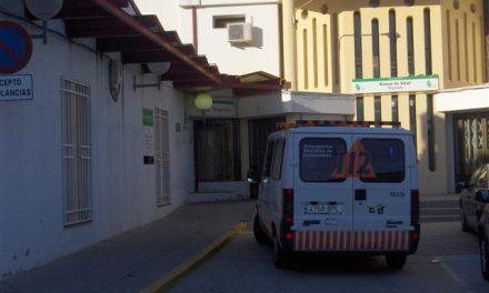 Fallece un hombre de 60 años tras una colisión entre una moto y un coche cerca de Talayuela