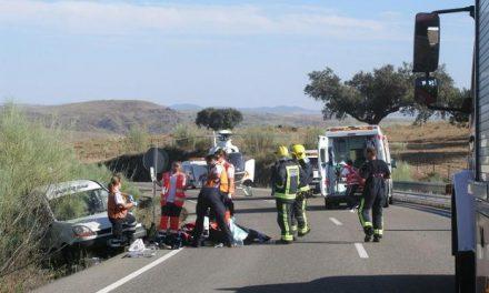 Una colisión entre un turismo y una furgoneta cerca de Portezuelo deja a 2 heridos graves y 3 leves