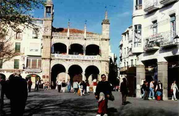 Plasencia se promociona en la Expo de Zaragoza y presenta su candidatura a Patrimonio de la Humanidad