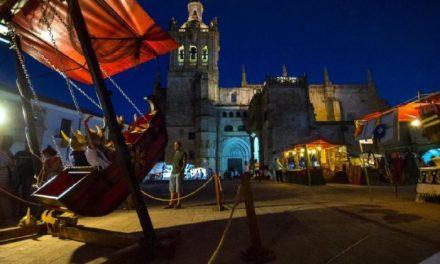 Coria abre este miércoles el XXV Jueves Turístico con el tradicional mercado artesanal de velas