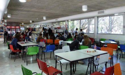 Educación concede subvenciones a más de 200 alumnos del programa de apoyo socioeducativo