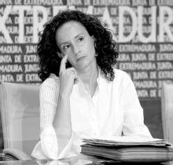 La consejera de Igualdad y Empleo de la Junta, Pilar Lucio, se reúne hoy con alcaldes de la Sierra de Gata