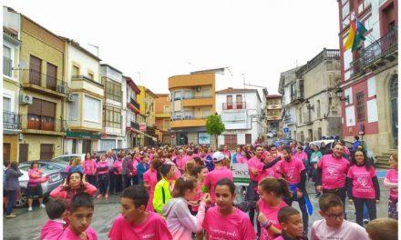 La primera Marcha Rosa de Torrejoncillo recauda más de 2.000 euros en su primera edición