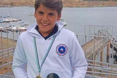 El joven moralejano Ricardo Álvarez se proclama tercero de Extremadura de Vela Ligera Optimist