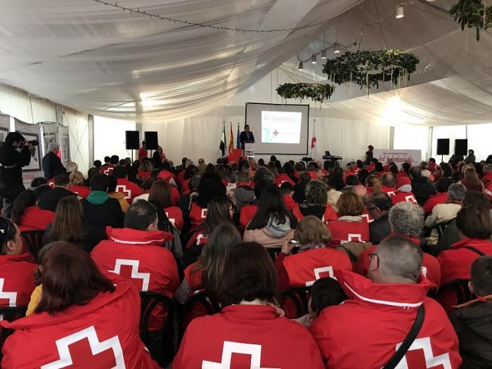 Más de 500 personas participan en el Día del Voluntariado de Cruz Roja  en Coria