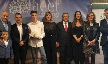La empresa Jacoliva y sus cuatro generaciones reciben el XII Premio Familia Empresaria