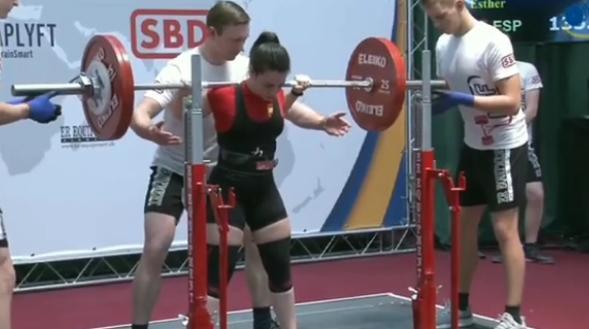Una cauriense conquista la sexta posición de powerlifting junior en el Campeonato de Europa