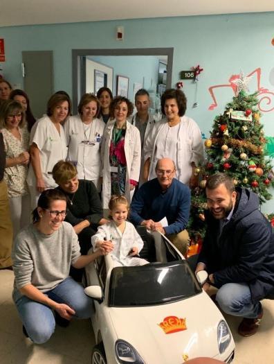 Los niños del Hospital San Pedro de Alcántara de Cáceres irán al quirófano en un coche eléctrico