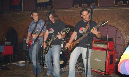 El grupo de música Amenoskuarto de Coria editará su segundo disco en el primer trimestre del año