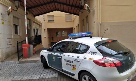 Detenido un vecino de Villar del Rey por apuñalar a un hombre en el estómago tras discutir en un bar