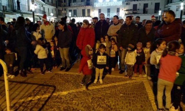Más de 250 personas participan en la V San Silvestre de Moraleja a favor de Down Plasencia