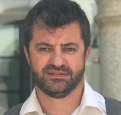 El socialista Jesús Seco renuncia a su cargo como concejal en el Ayuntamiento de Coria