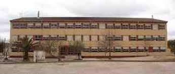 El derrumbe del falso techo del colegio público de Valencia de Alcántara no deja heridos