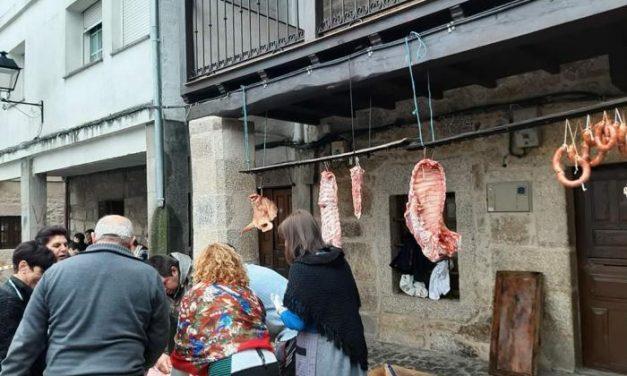 Más de medio centenar de personas participa este sábado en la II Matanza Lagarteira en Eljas