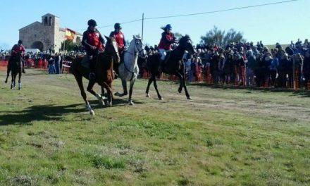 Las carreras de caballos de Toril reúnen en su XVI edición a más de una veintena de jinetes