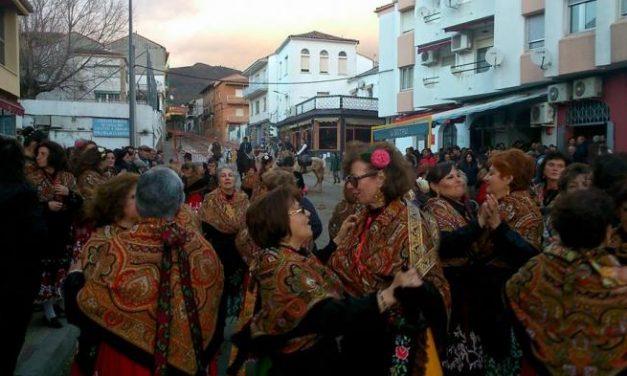 Numeroso público se da cita en Valverde del Fresno para mostrar su devoción a San Blas