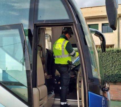 La DGT controla hasta el viernes los autocares escolares para evitar accidentes